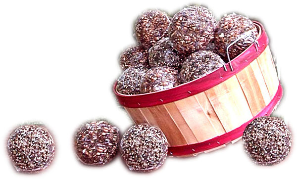 Seed & Nut Ornaments Bagged w/display basket
